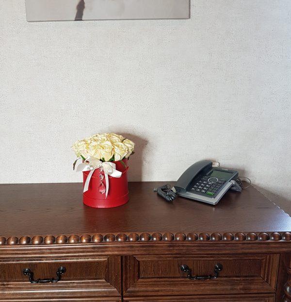 kwiaty w czerwonym pudełku - wzór 34 - zdjęcie 8