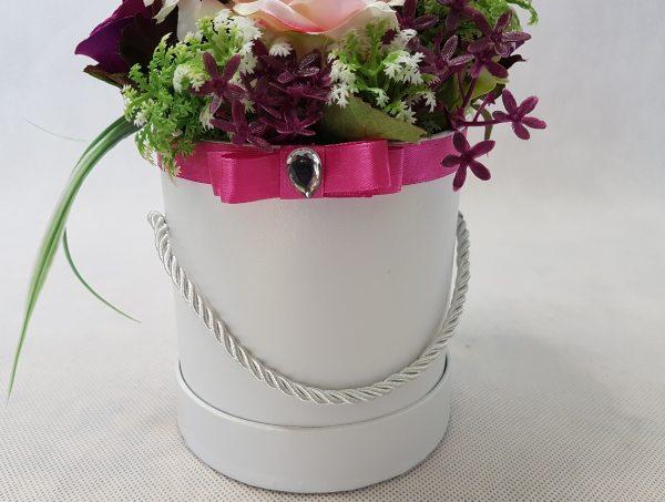 kwiaty w białym pudełku - wzór 36 - zdj 2