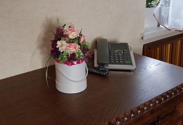 kwiaty w białym pudełku - wzór 36 - zdj 6