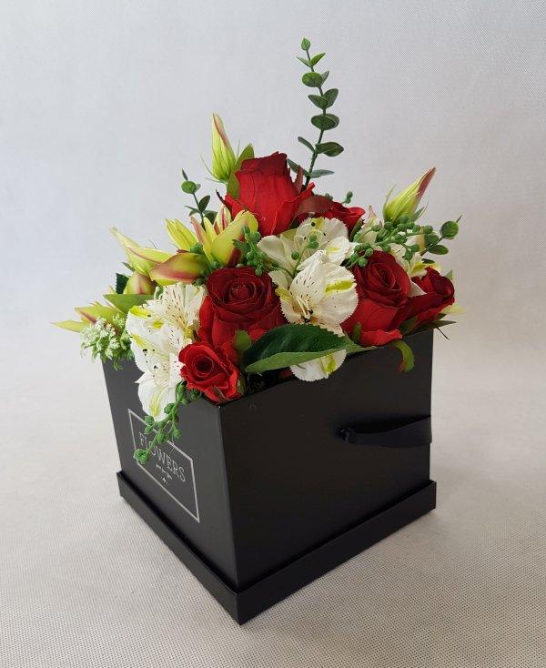 kwiaty w czarnym pudełku - wzór 38 - zdj 4