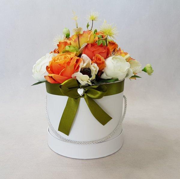 duże kwiaty w pudełku - wzór 40 - zdj 1