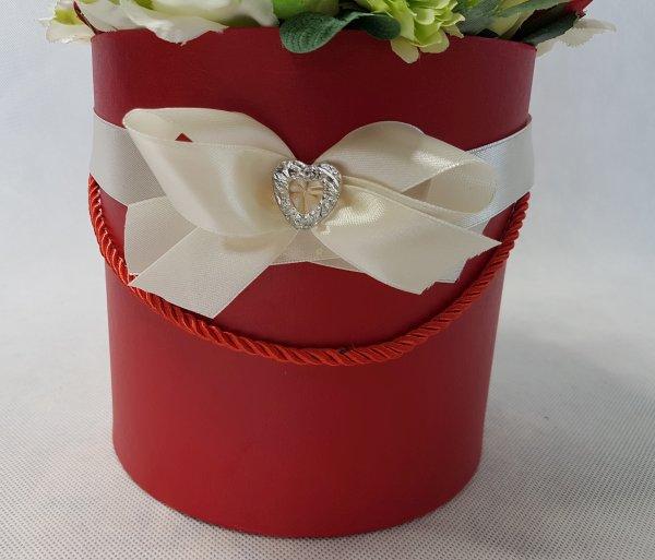 czerwone i białe róże w pudełku - wzór 42 - zdj. 2