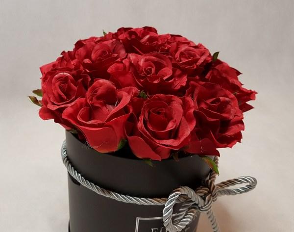 róże w pudełku-wzór51-05