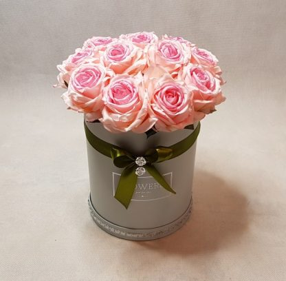 róże w pudełku-wzor52-01