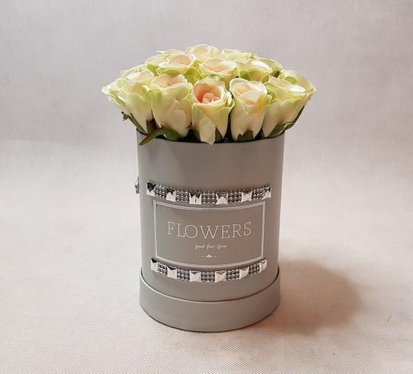 róże w pudełku-wzor53-01