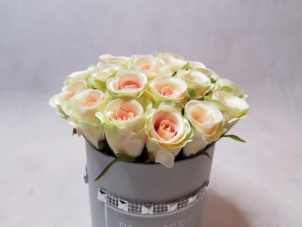 róże w pudełku-wzor53-02