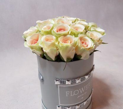 róże w pudełku-wzor53-04