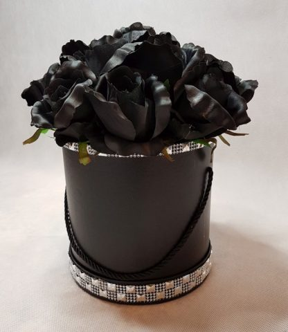 czarne róże w pudełku-wzor56-04